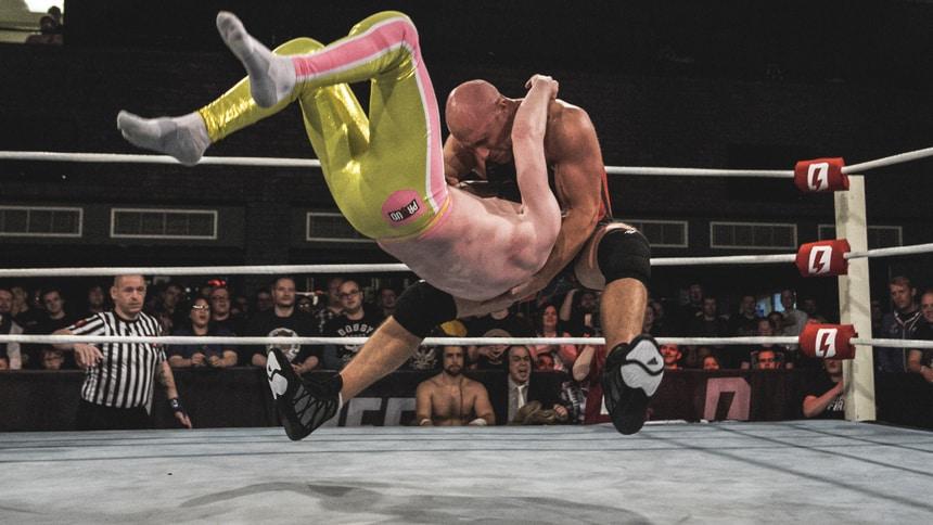 Simon Miller wrestling