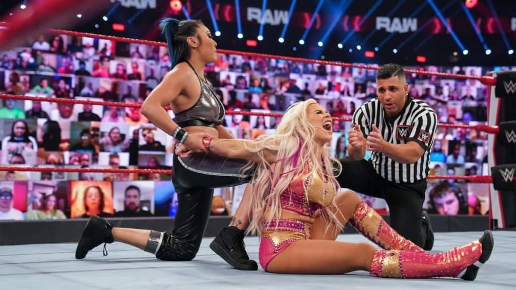 Reckoning tries to submit Dana Brooke