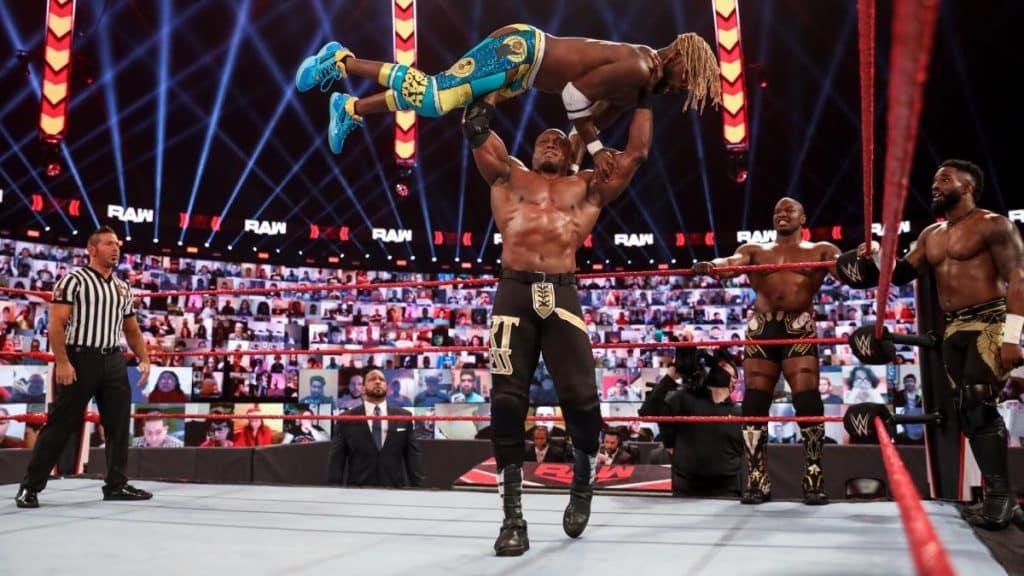 Bobby Lahley holds Kofi Kingston over his head