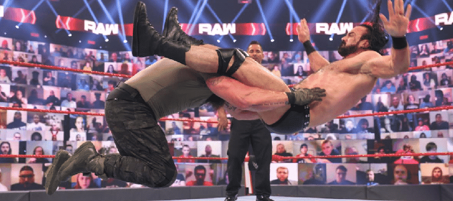 Braun Strowman powerbombs Drew McIntyre