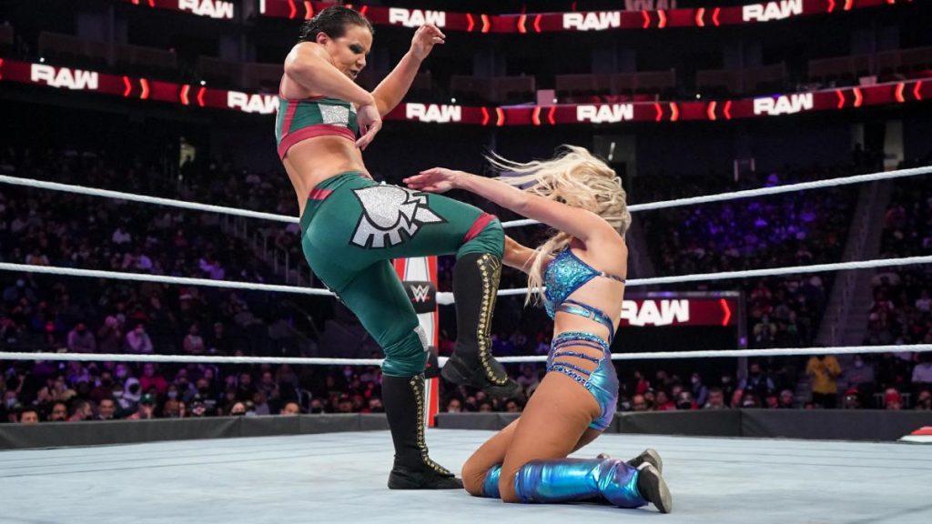 Shayna Baszler kicks Dana Brooke