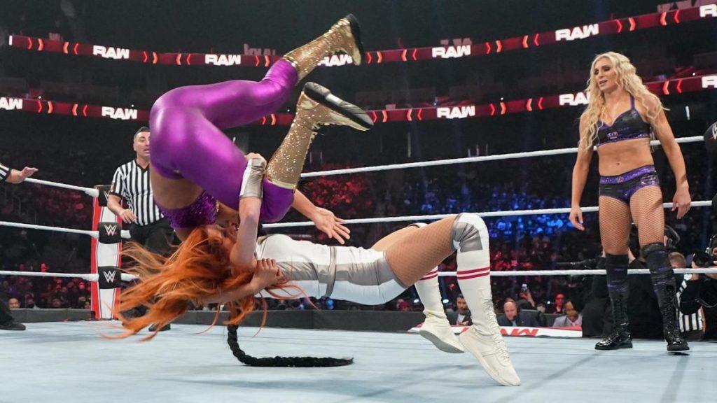 Becky Lynch suplexes Bianca Belair